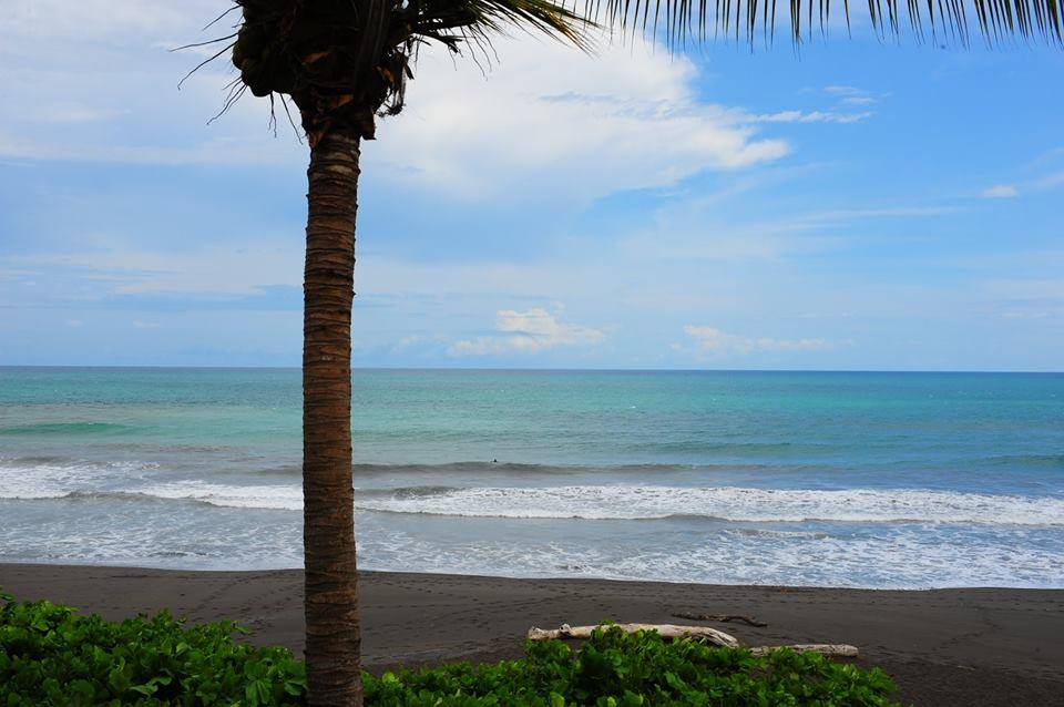 oceanfront condos in Playa Hermosa