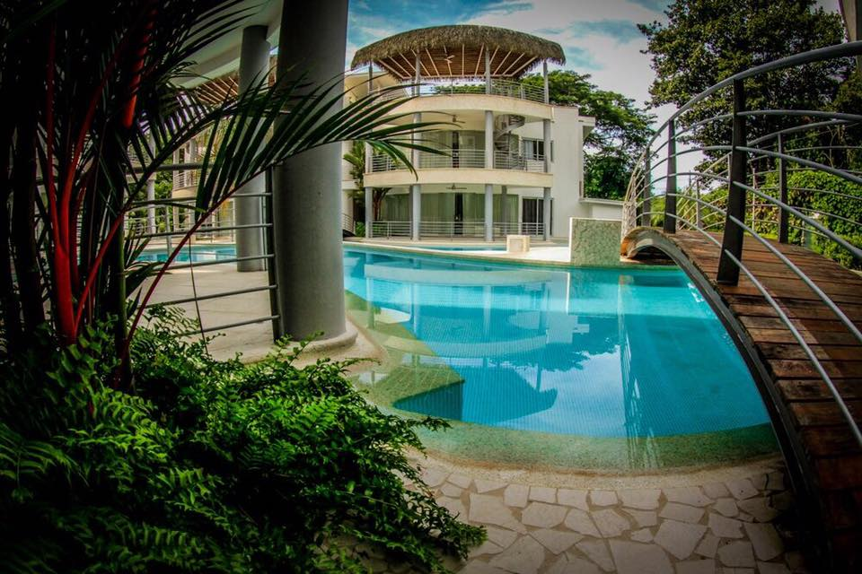 luxury vacation condos in Jaco