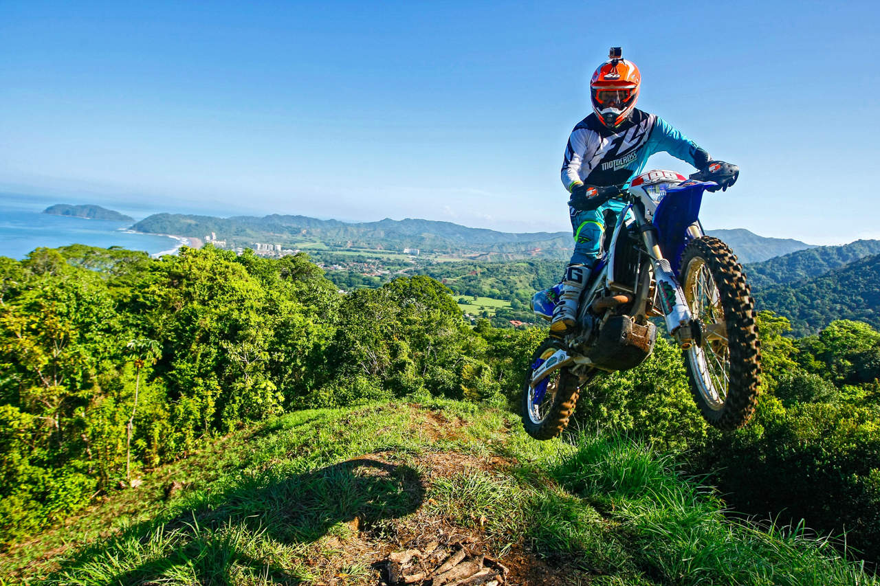 Motorcross tours in Jaco